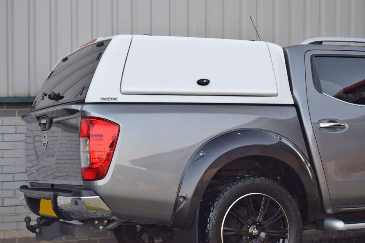 Nissan Navara Low Roof Pro//Top Gullwing