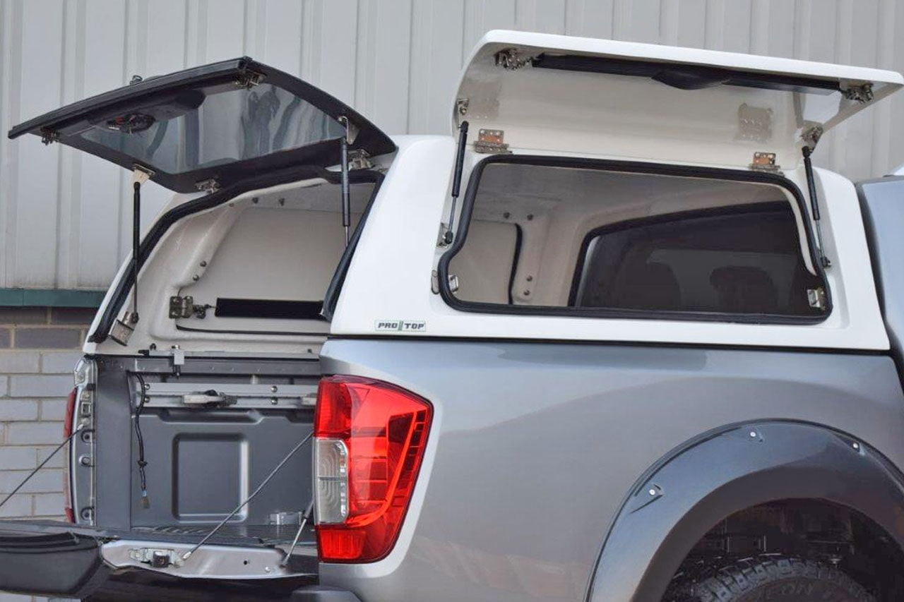 Pro//Top Nissan Navara Gullwing Hard Top